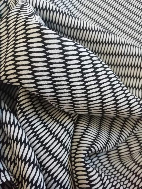 Женское супер стильное брендовое платье mango - размер 44 - Фото 4