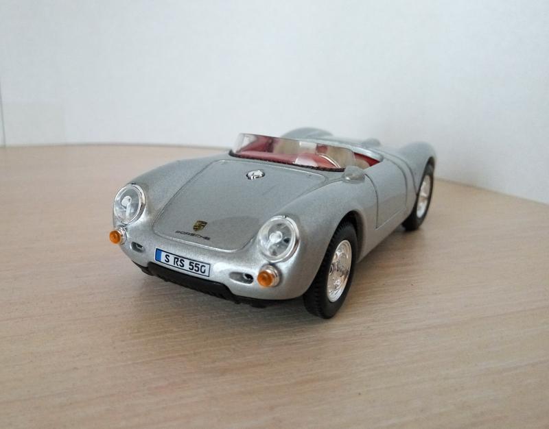 Модель Porsche 550A Spyder Cararama/Hongwell, масштаб 1:43