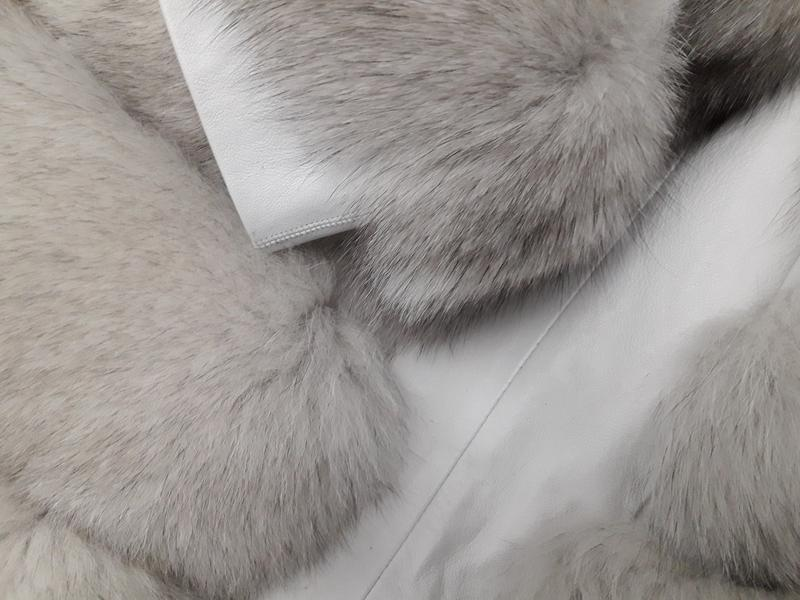 Красивая тёплая шубка из финского песца белая шуба колотый лёд - Фото 6