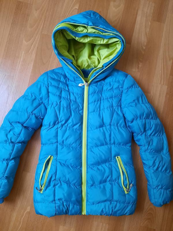 Красивая, тёплая куртка для девочки