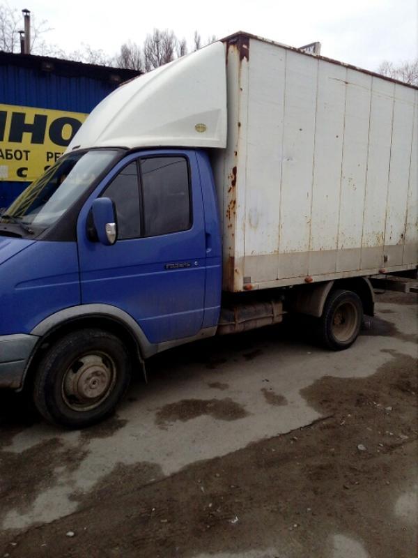 Перевозка разного типа грузов.