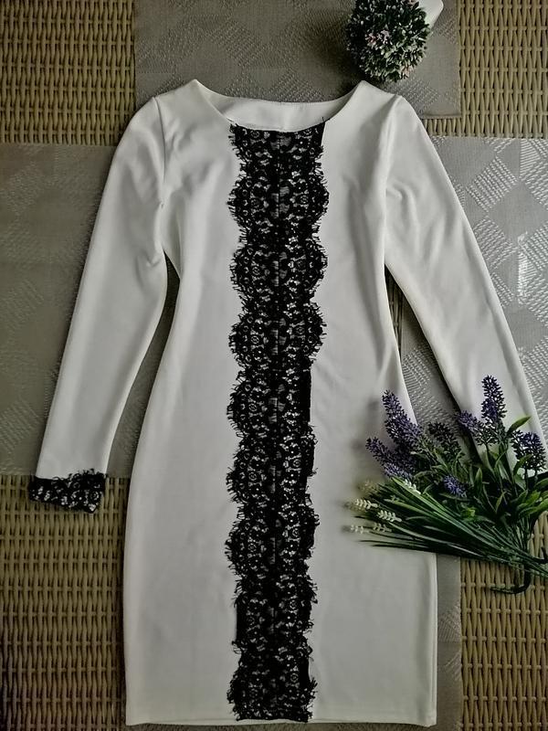 Белое  вечернее платье с кружевом нарядное миди платье