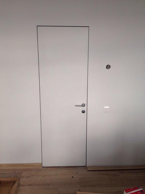 монтаж межкомнатных дверей, любой сложности.