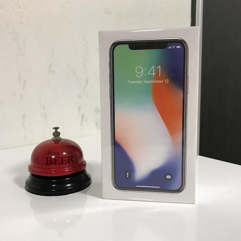 New iPhone X 64gb Space Gray/Silver Neverlock