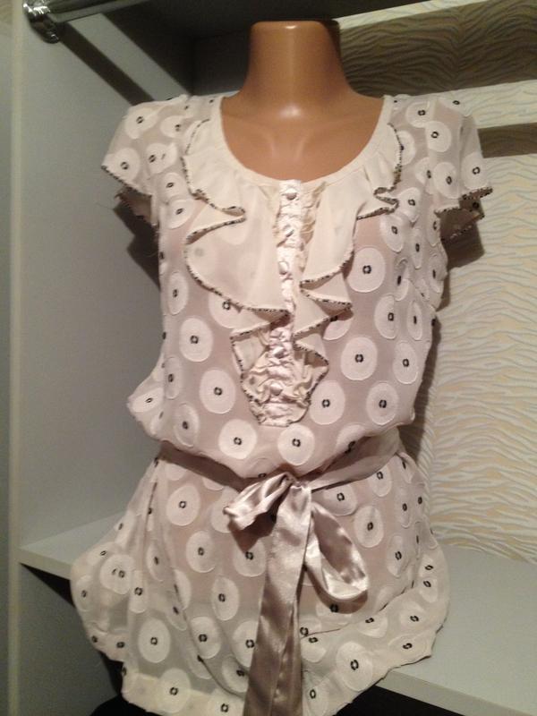 Оригинальная блузочка с поясом.270