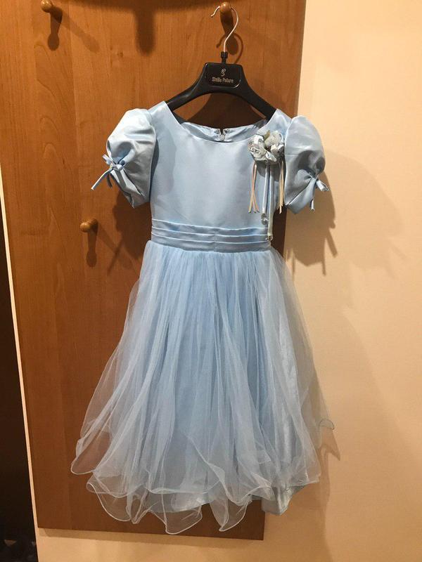 Сукня святкова на дівчинку