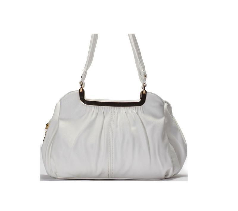Качественная кожаная белая мягкая сумка вместительная объемный...