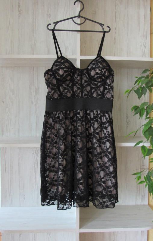 =29 гипюровое ажурное платье с чашечками от tfnc london