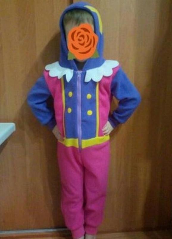 Слип пижама домашний костюм для принцессы на 3-4 годика