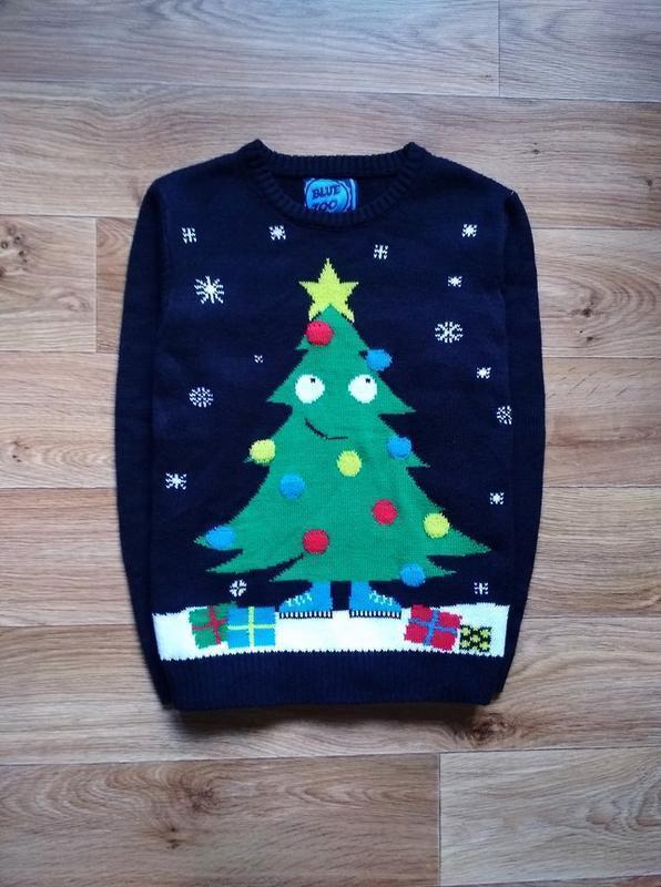 Новогодний свитерок с елочкой