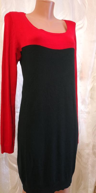 Тонкое трикотажные платье туника