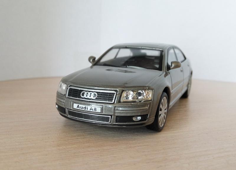 Модель Audi A8 Cararama/Hongwell масштаб 1:43