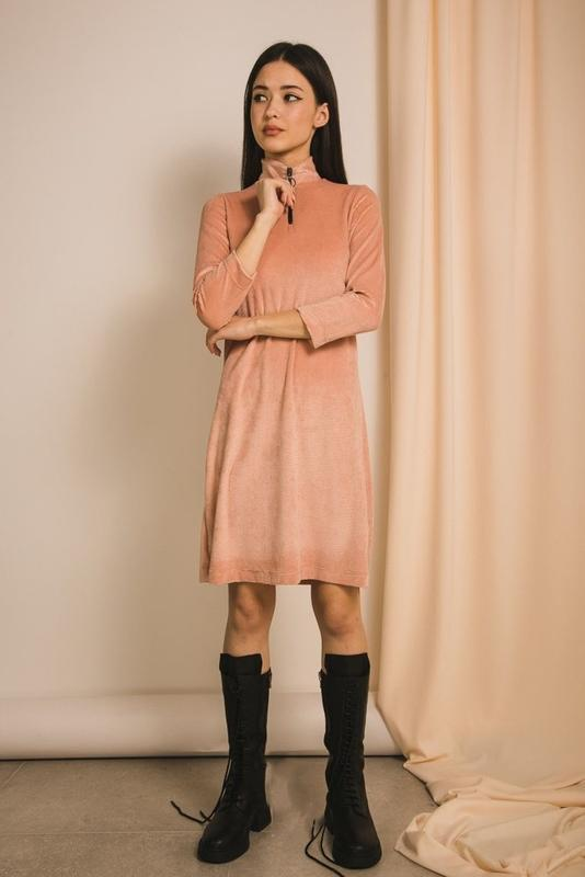 Мягкое трикотажное платье-трапеция