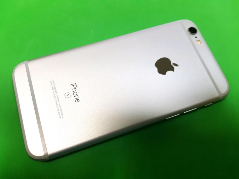 Apple iPhone 6s 32gb. Silver, neverlock, отличное состояние - Фото 7