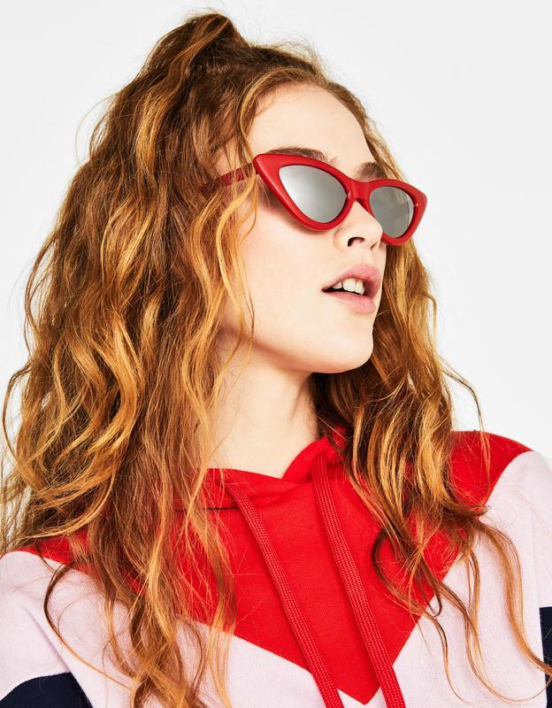 Красные солнцезащитные зеркальные очки в оправе «кошачий глаз»...