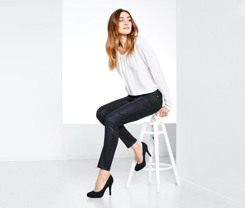 Эффектные джинсы slim-fit   от tchibo р. 40 евро. наш 46