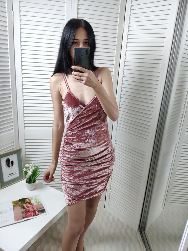 Платье велюр  розовое misguided, p-p uk 10/s
