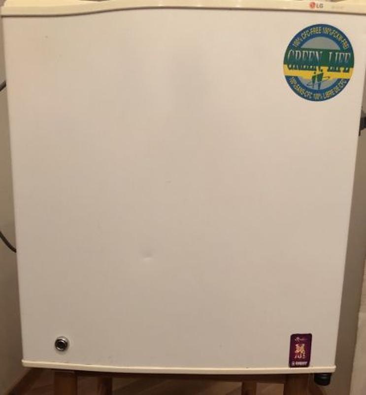 Холодильник офисный LG, модель GR-0515F