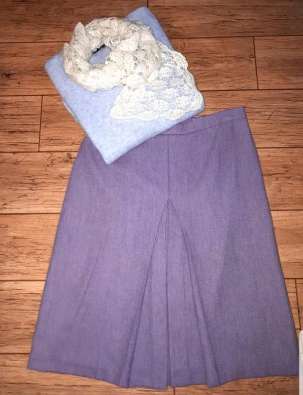 Новая качественная шерстяная юбка миди со встречными складками
