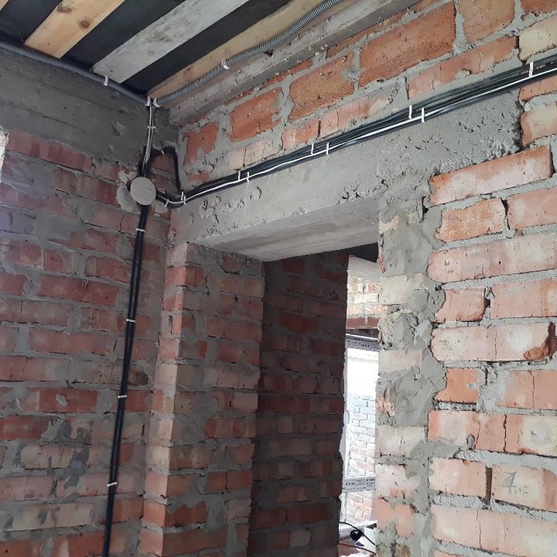 Електро монтажні роботи в приватних будинках та квартирах