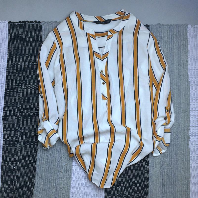 Крутая рубашка , яркий  принт размер l