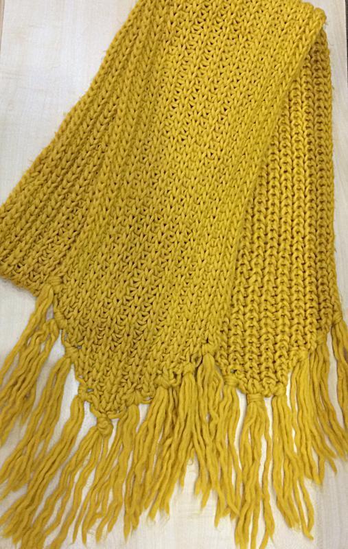 Яркий тёплый шарф желтого цвета !💛