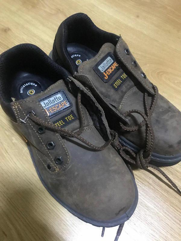 Будівельні черевики