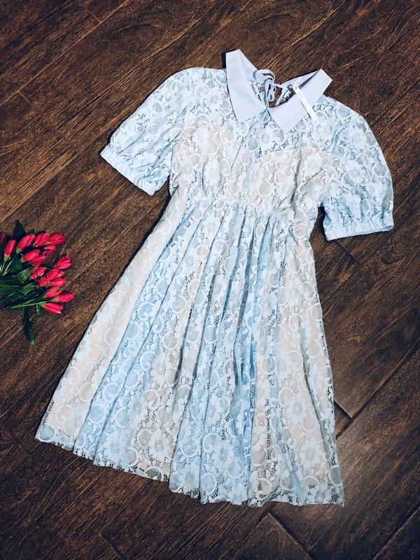 Очень красивое кружевное платье для беременных