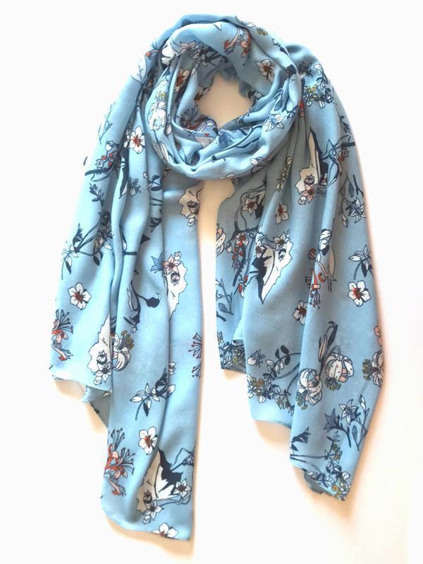 Интересный лёгкий шарф палантин, c&a. 90х190