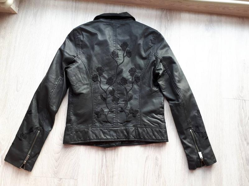 Тренд.100% кожа. куртка-косуха с вышивкой one more story, герм... - Фото 5