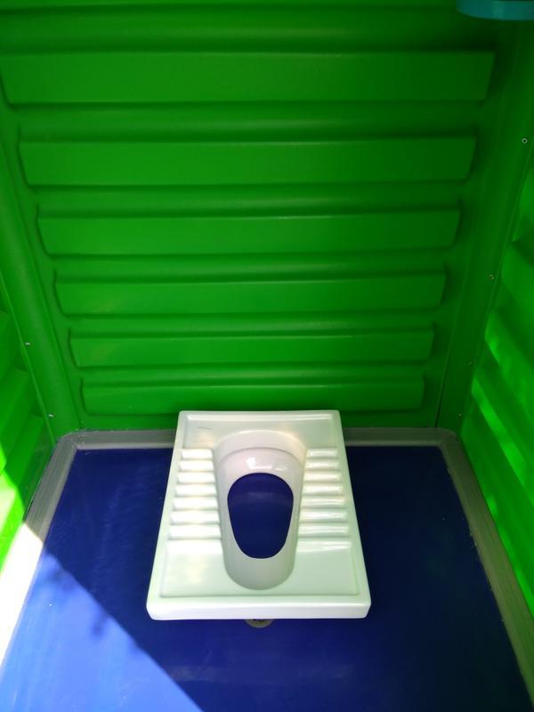 Чаша генуя. Туалет напольный под выгребную яму.