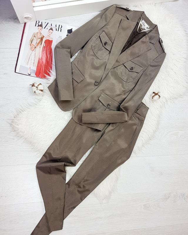 Оливковый костюм пиджак + брюки  space  for ladies