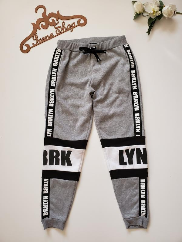 Фирменные спортивные штаны fb sister, размер m