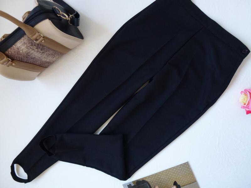 Высокая талия, стильные брюки