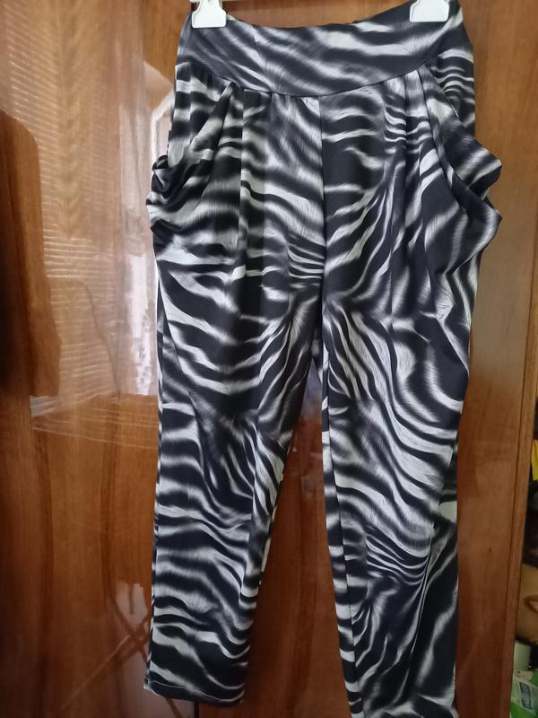 Летние брючки-зебра