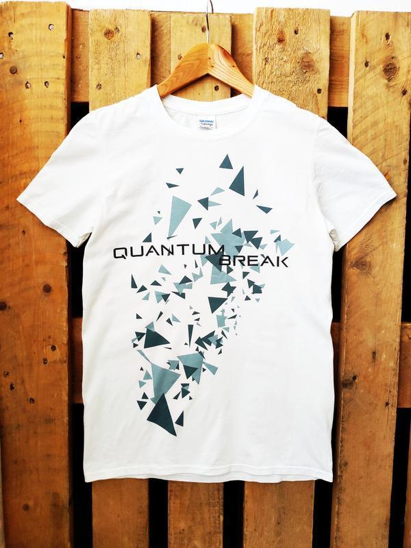 Бесшовная белая футболка gildan