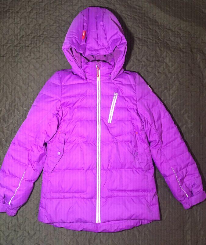 Зимняя куртка-пуховик для девочки Reima.