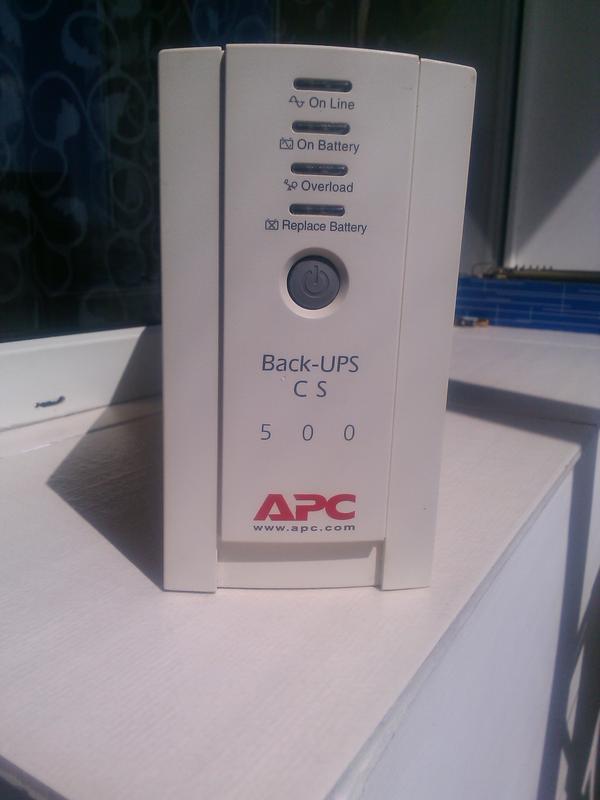 APC Back-UPS CS 500 ВА, 230 В