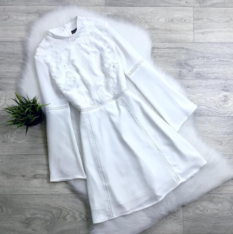 Платье с кружевом в зоне декольте (есть нюанс!)