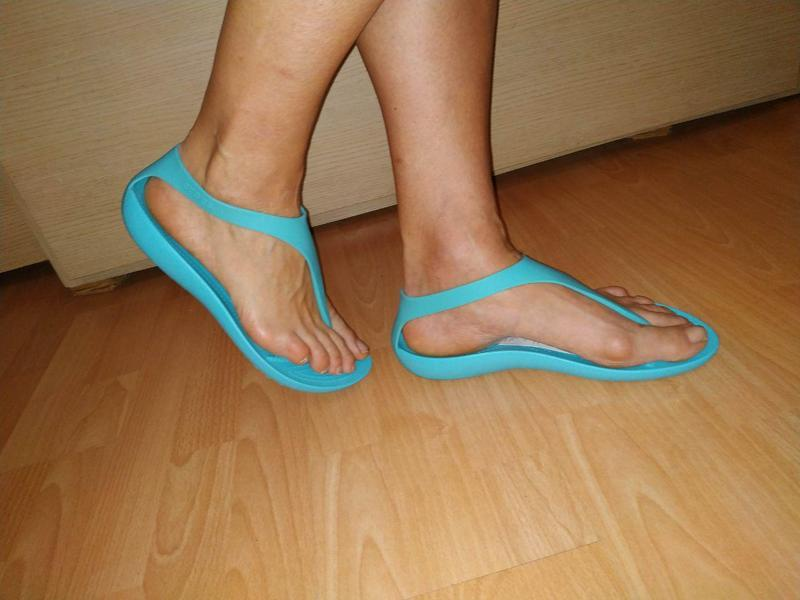 Кроксы -сланцы 42 р большой размер