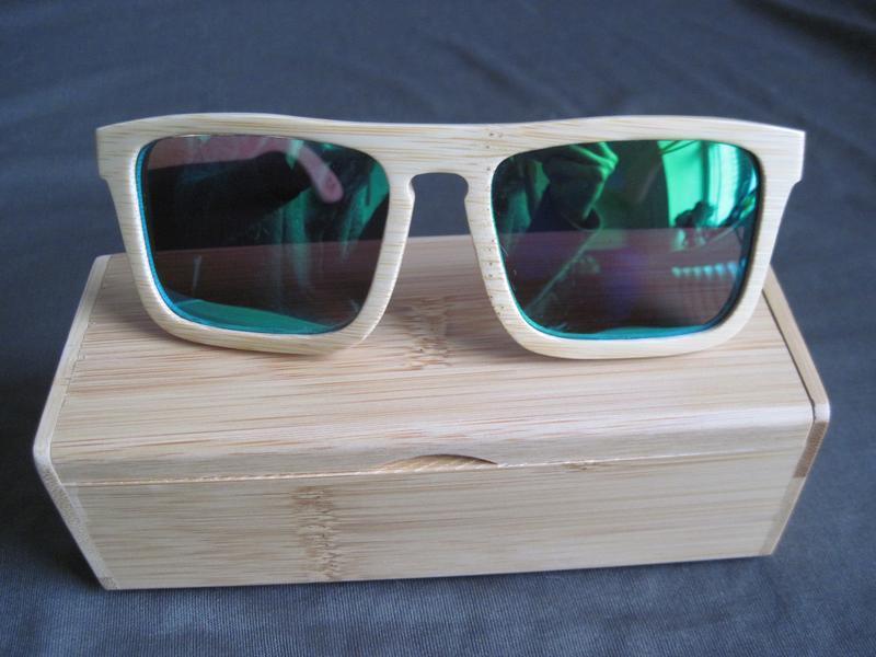 Деревянные поляризованные солнцезащитные очки