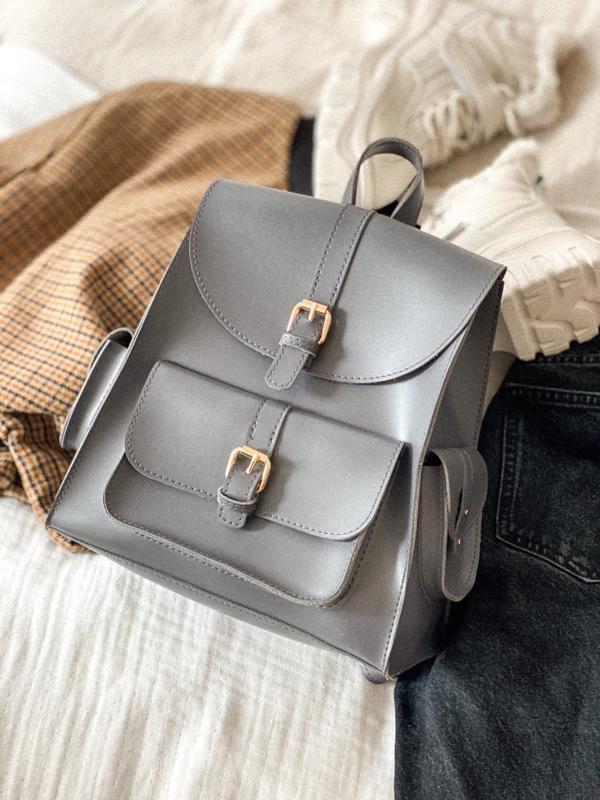Серый городской рюкзак с карманами графит