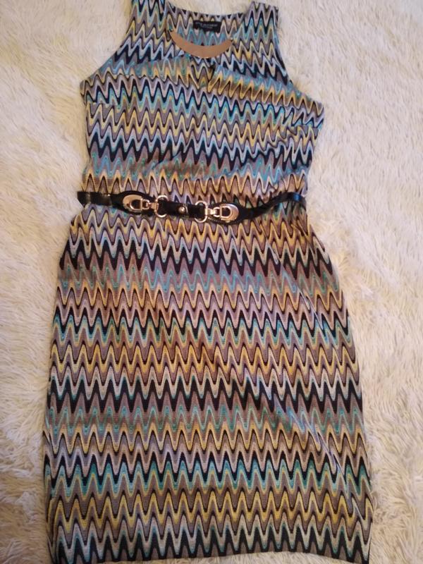 Красивое платье размер 48