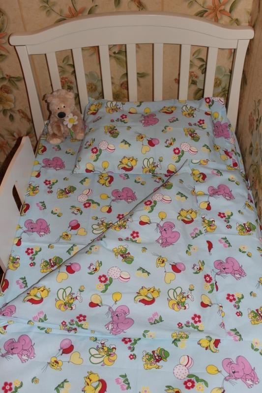 Комплект сменного белья в детскую кроватку  140*110см