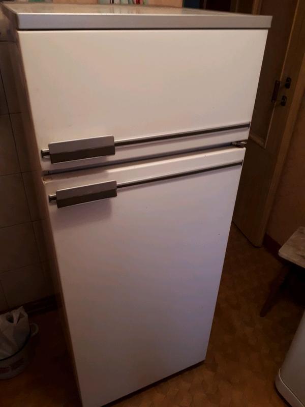 Продам Холодильник Бирюса-21