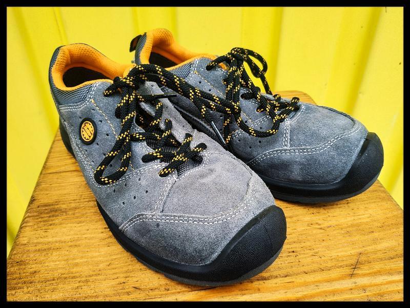 """Рабочие замшевые кроссовки """"Holler"""", КНР"""