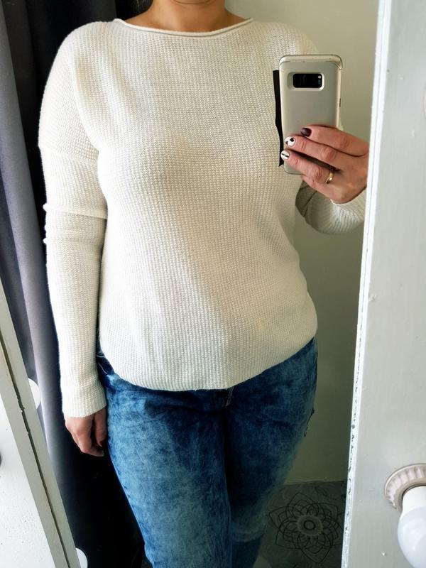 Кофта,свитшот молочного цвета в составе шерсть