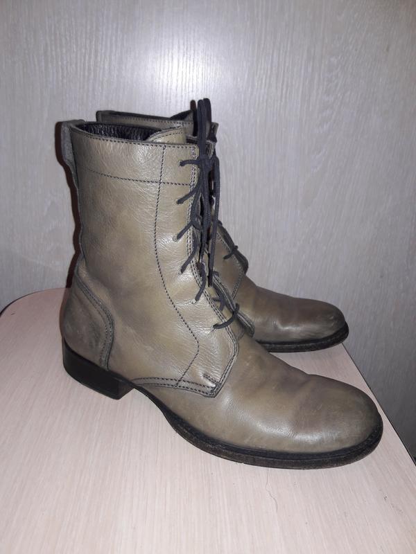 Кожаные стильные ботинки  италия.