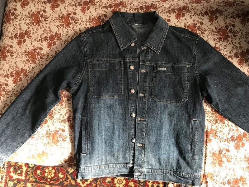 Куртка джинсовая и джинсы (костюм)