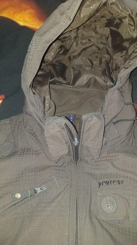 Лыжная куртка из канады размер м-l
